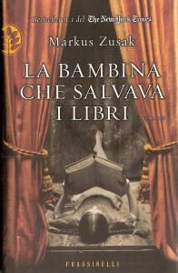 La bambina che salvava i libri cover A_40_L